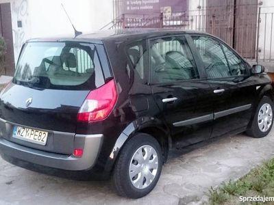 używany Renault Scénic 1.5dm 106KM 2008r. 196 000km