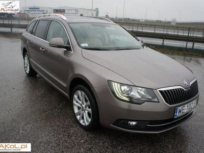 käytetty Skoda Superb 2dm3 140KM 2014r. 105 000km Salon Polska VAT Platinum 4X4 Panorama
