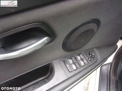 używany BMW 320 seria 3 2.0dm3 177KM 2008r. 268 000km D kombi 2008 - okazja -