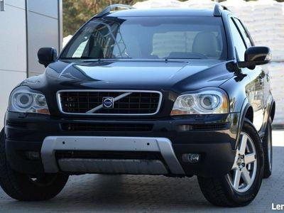 używany Volvo XC90 Czarne Opłacone 2.4D5 LIFT XENON 185KM Skóra 7-foteli Navi Alu PDC I (2002-2014)
