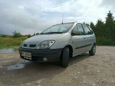 używany Renault Scénic 1.9dm 102KM 2001r. 327 000km