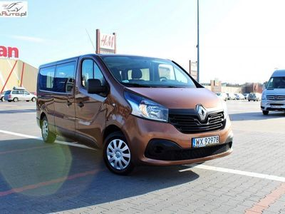 brugt Renault Trafic 1.6dm3 95KM 2017r. 99 000km BEZ FOTELI / 9 osobowy / L2 / L2H1 / Long / EURO6 /NR 283