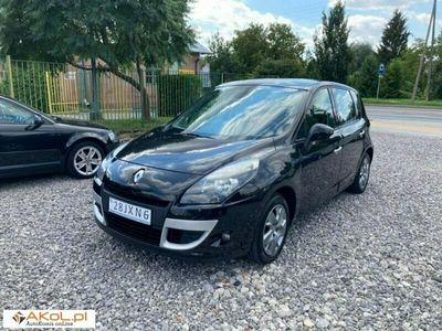 używany Renault Scénic 1.6dm 110KM 2009r. 250 000km