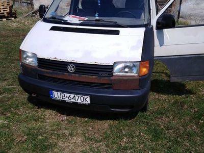 używany VW T4 2,5 Tdi 102km 9 osobowy