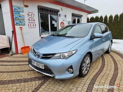 używany Toyota Auris II Nowy Model 1.8 Hybryda kamera cofania hatchback Zarejestrowana