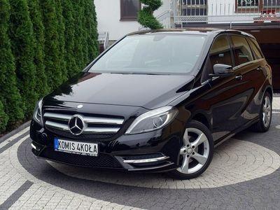 używany Mercedes B200 1.6dm 156KM 2014r. 102 000km