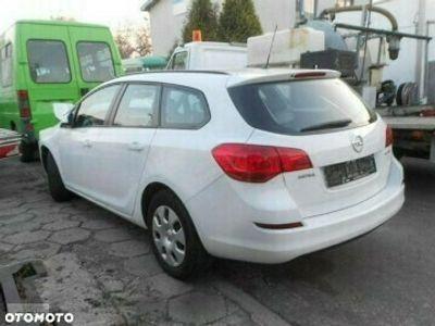 używany Opel Astra Astra J1.7 CDTI ecoFLEX Sports Tourer 2012 opłacony