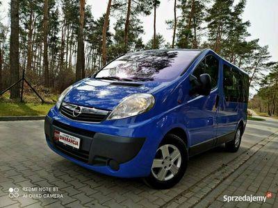 używany Opel Vivaro Vivarolift 2.5dci 9 osobowy klmatyzacja serwis idealny stan I (2001-2014)