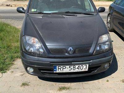 używany Renault Scénic 2002rok 1.6benz+gaz Automat możliwa zamiana