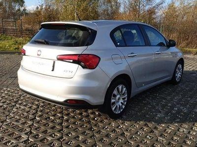 używany Fiat Tipo 1.4dm 95KM 2017r. 34 728km