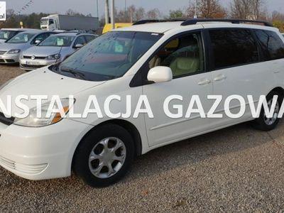 używany Toyota Sienna 3.3dm3 230KM 2004r. 307 000km 3.3 gaz LPG ABS Skóra Automat Alu felgi 7 osób