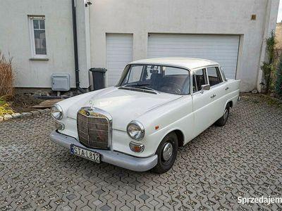 używany Mercedes 190 D W110 Skrzydlak 1962r 21 lat 1 własciciel