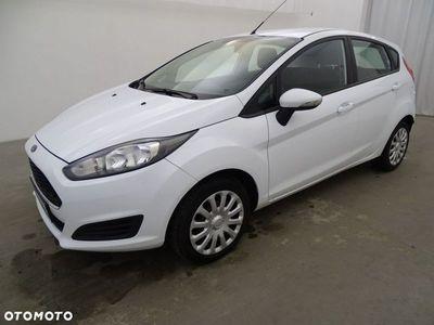 używany Ford Fiesta 1.5dm 75KM 2016r. 145 705km
