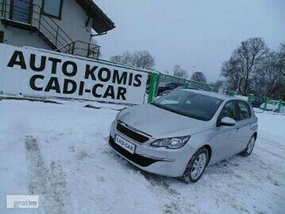 używany Peugeot 308 1.2dm 131KM 2014r. 67 000km