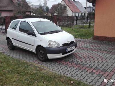 używany Toyota Yaris 2002 1999zł