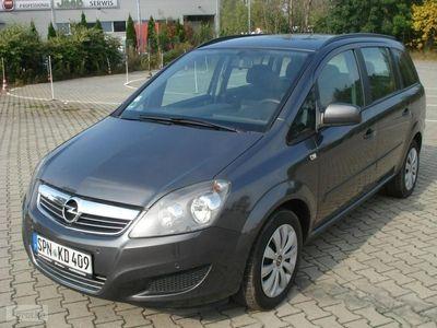 używany Opel Zafira 1.6dm 150KM 2012r. 211 000km