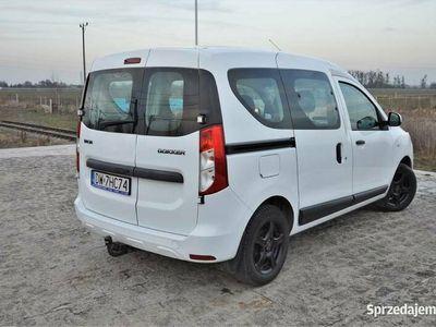 używany Dacia Dokker 2016 R, 1.6 benzyna,102 KM, Klima, Alufelgi