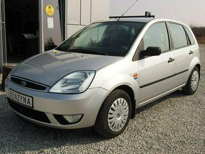 używany Ford Fiesta V 1.6 16V 100KM 2002r. tylko 86tys. km. Ghia, Klimatyzacja, FV Marża