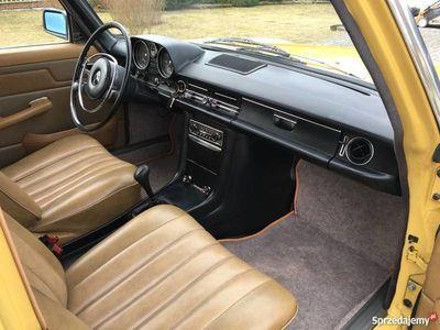 używany Mercedes W115 2,0D