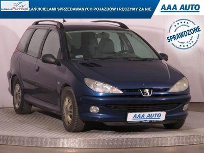 używany Peugeot 206 1.4dm 75KM 2002r. 174 259km