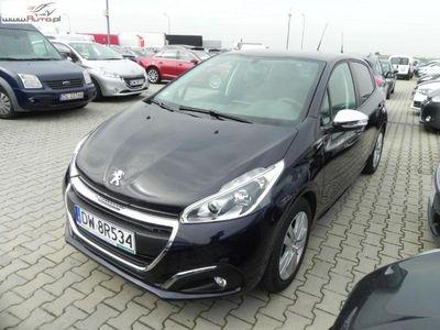 używany Peugeot 208 1.2dm3 82KM 2017r. 10 727km ABS