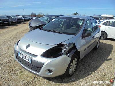 używany Renault Clio III BT68