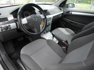 używany Opel Astra 1.6 2009r.