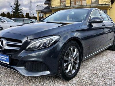 używany Mercedes C180 1.6dm 116KM 2015r. 180 000km