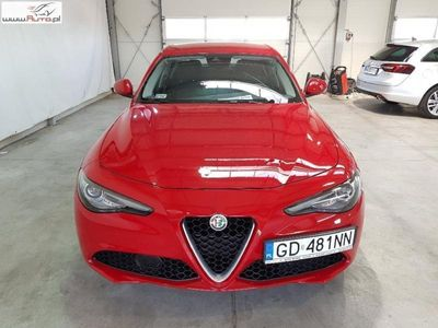 gebraucht Alfa Romeo Giulia Inny 2.0dm3 200KM 2017r. 9 559km2.0 Turbo aut