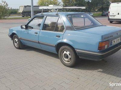 używany Opel Ascona