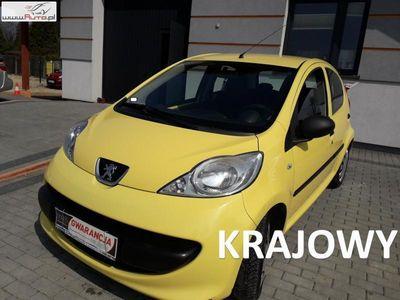 używany Peugeot 107 1dm3 68KM 2006r. 150 000km benzyna ekonomiczny wszędzie się zmieści raty zamiana