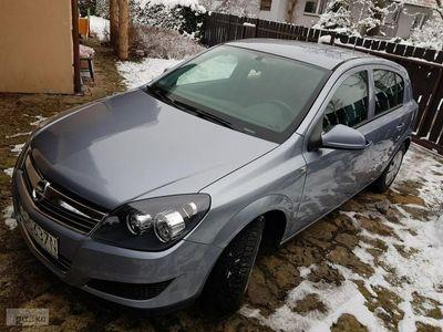 używany Opel Astra Astra H2011 Hatchback Srebrny