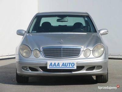 używany Mercedes E200 ECDI