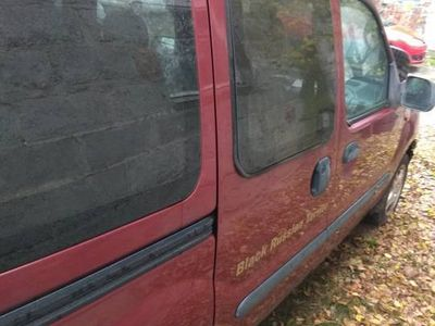 używany Renault Kangoo belka, drzwi i inne na części