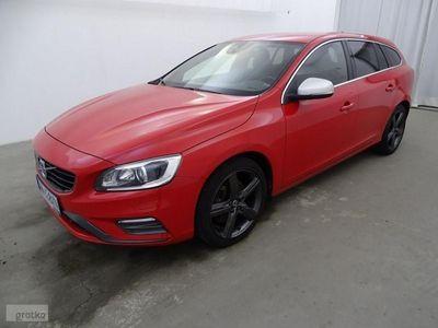 używany Volvo V60 2.4dm 190KM 2016r. 172 183km