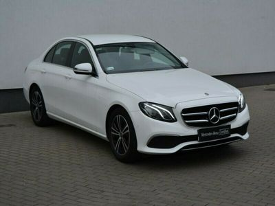 używany Mercedes E200 Business edition