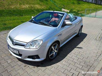 używany Opel Tigra 2006 bezwypadkowy pełna opcja wyposażenia OKAZJA