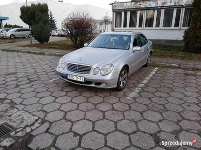 używany Mercedes E240 W2112.6 V6 LPG BEZWYPADEK SALON NIEMCY TUV