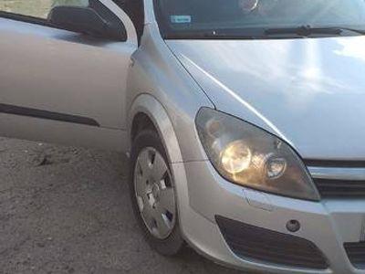 używany Opel Astra 2005r