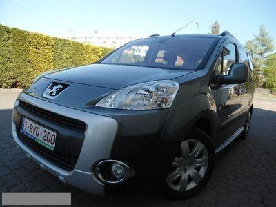 używany Peugeot Partner 1.6dm 92KM 2011r. 98 000km