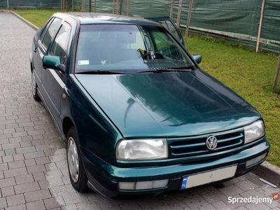 używany VW Vento 1,8 GLX benzyna
