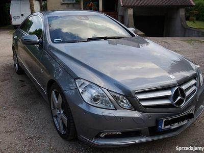używany Mercedes E350 Coupe V6 benz.292 KM pierwsza rej.2011r