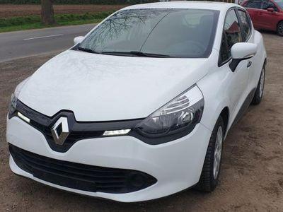 używany Renault Clio 1.5dm3 90KM 2014r. 60 900km Klima, opłacony, 60 tys.km!