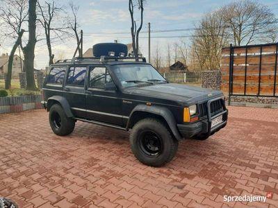 używany Jeep Cherokee 4.0L XJ Off Road lpg grand automat 2szt.