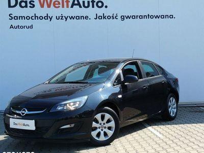 używany Opel Astra 1.6dm 116KM 2016r. 96 000km