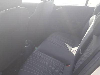 używany Opel Corsa 1.3 cdti Klimatyzacja 5drzwi Niski przebieg OKAZJ