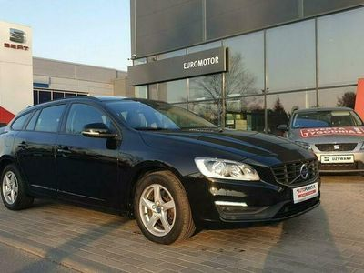 używany Volvo V60 Momentum