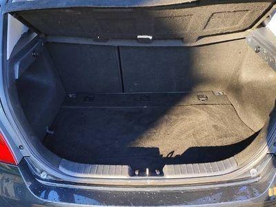 używany Hyundai i30 hatchback klimatronik elektryka grzane fotele
