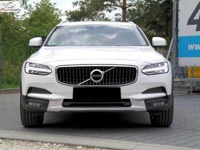 brugt Volvo V90 2dm3 190KM 2017r. 49 000km Cross Country*D4*AWD*Skóra*Full LED*Kamera*F-VAT 23%*Idealny