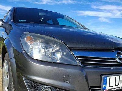 używany Opel Astra 2010/11 Salon Polska pewne auto